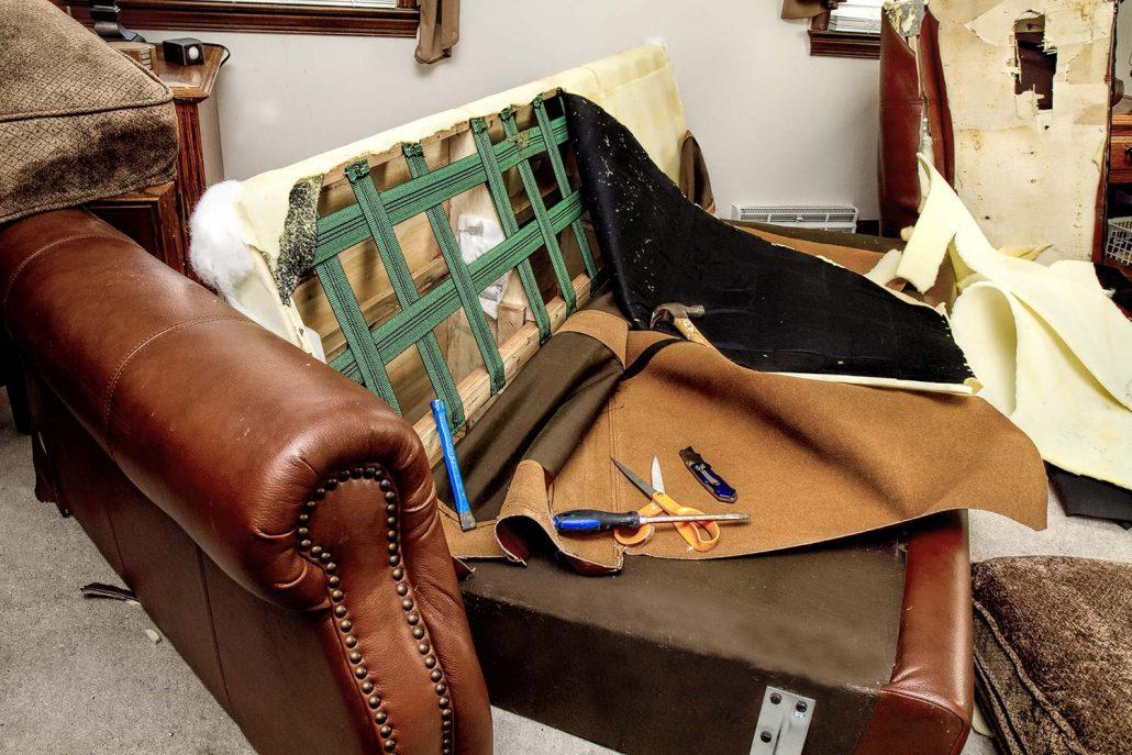 Επισκευές καναπέδων σχεδόν απο την αρχή.
